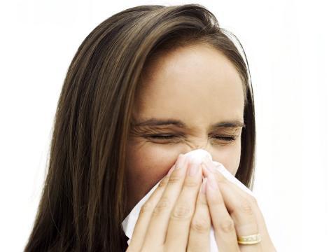 Млад мъж от Велинград със съмнения за свински грип