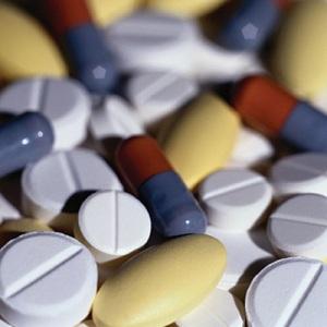 Купуваме повече лекарства и по-малко дрехи и стоки за бита спрямо 2011 г.