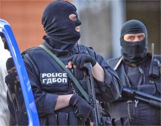 Арестуваха шефовете на полицията в Първомай и Асеновград