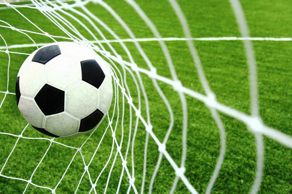 България загуби от Норвегия с 0:1 и остави минимални шансове за класиране на Евро 2016