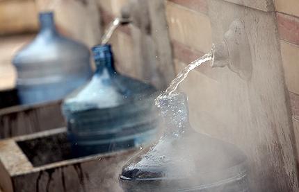 """ОБЩИНА Велинград уведомява гражданите, че на сондаж № 3 """"Мизинка"""" със заповед № 950/12.2012г. е одобрен от Министъра на околната среда и водите експлоатационен ресурс от 3,0л/сек."""