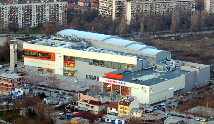 Паркингът в мол Пловдив става платен