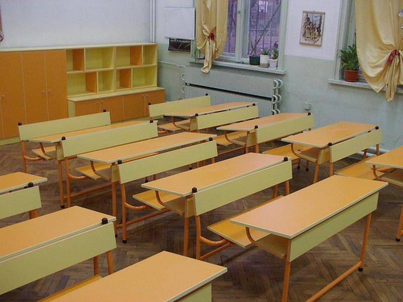 Заради бракуван автобус ученици от три велинградски села се извозват с лични автомобили до средищното училище в село Абланица