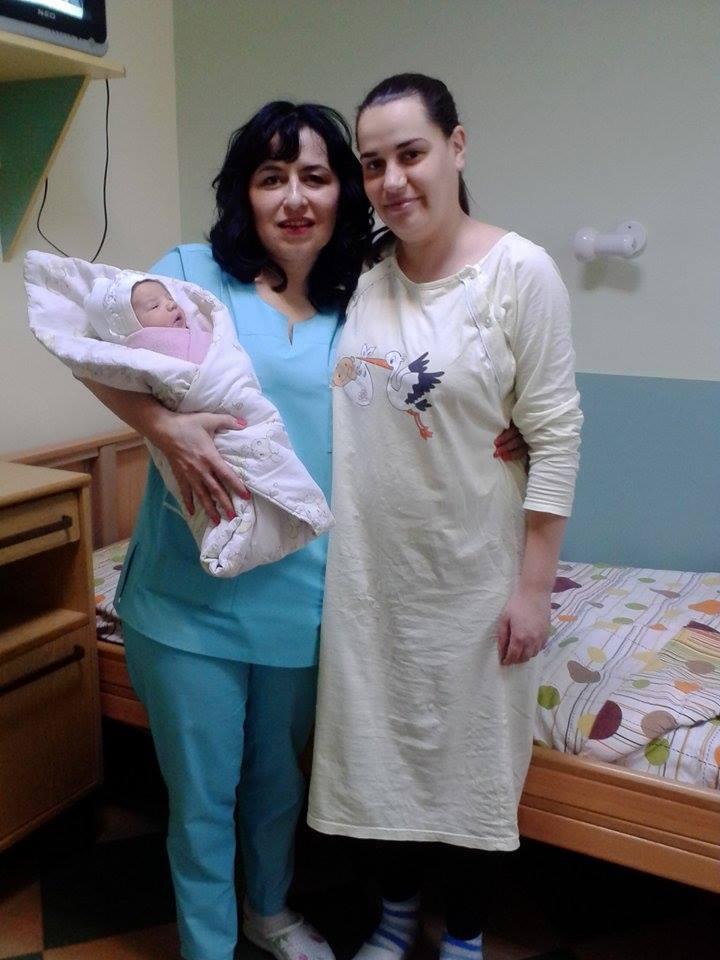 Щъркелът донесе Дерия от Сърница и Емил от Костандово