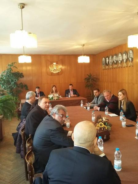 Развитието на туризма във Велинград бе тема на работна среща, инициирана от народния представител от ГЕРБ Димитър Гечев