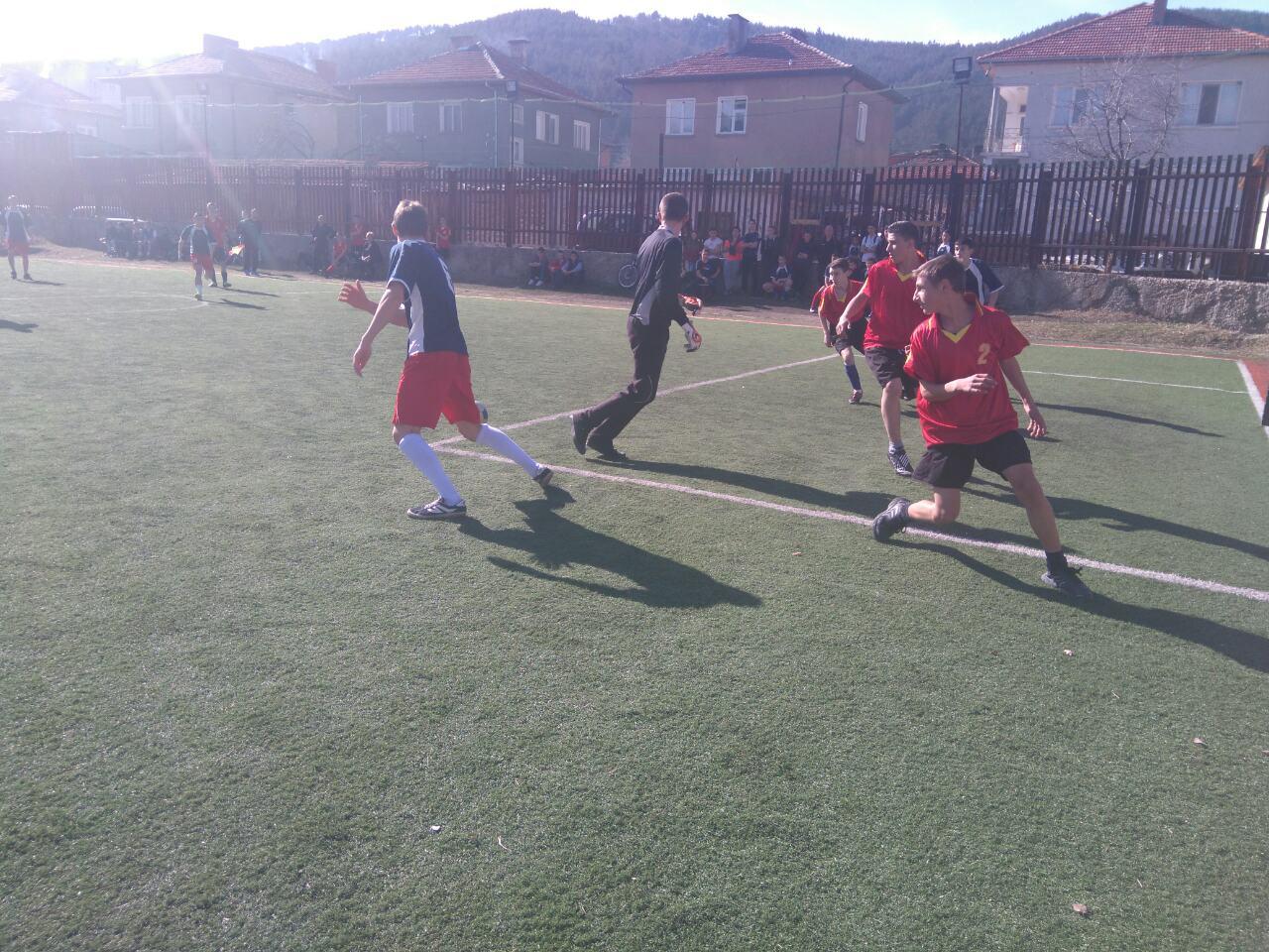Ученическите игри по футбол – резултати