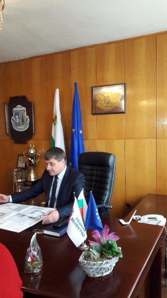 Кметът на Община Велинград, се чувства лично отговорен за проблема с питейната вода в квартал Каменица