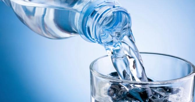 Лъжат ни и с водата, не знаем какво пием