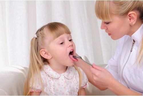 Причини за остро възпаление на сливиците при децата