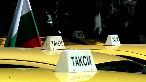 Условно за ученик-шофьор, който потрошил такси