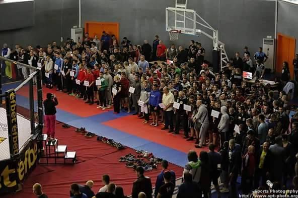 Велинградчанин във ММА състезание