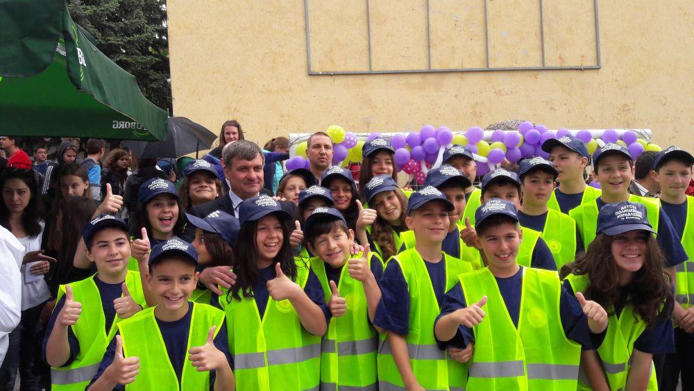 Кметът Костадин Коев откри първото детско полицейско управление в Община Велинград