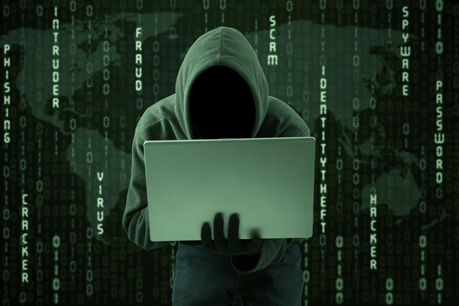 Пароли на прицел: Хакер разби 272 млн. акаунта