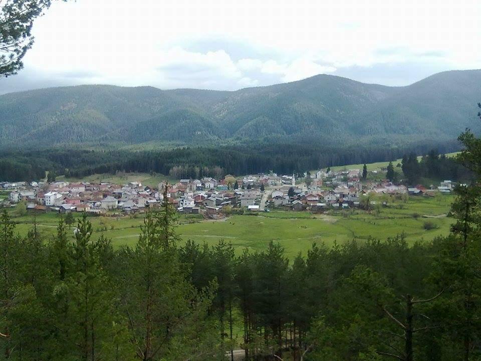 Почистени са нерегламентираните сметища в селата Побит камък и Медени поляни