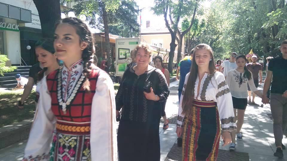 Младежи от четири държави  представят традиции и легенди във Велинград