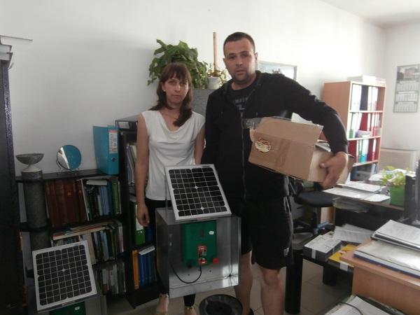 Пчелари от Велинград и Нова махала получиха електропастири от РИОСВ