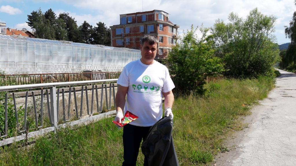 """Община Велинград  подкрепя кампанията  """"Да почистим България"""", която тази година ще се проведе на 16.09.2017 г"""