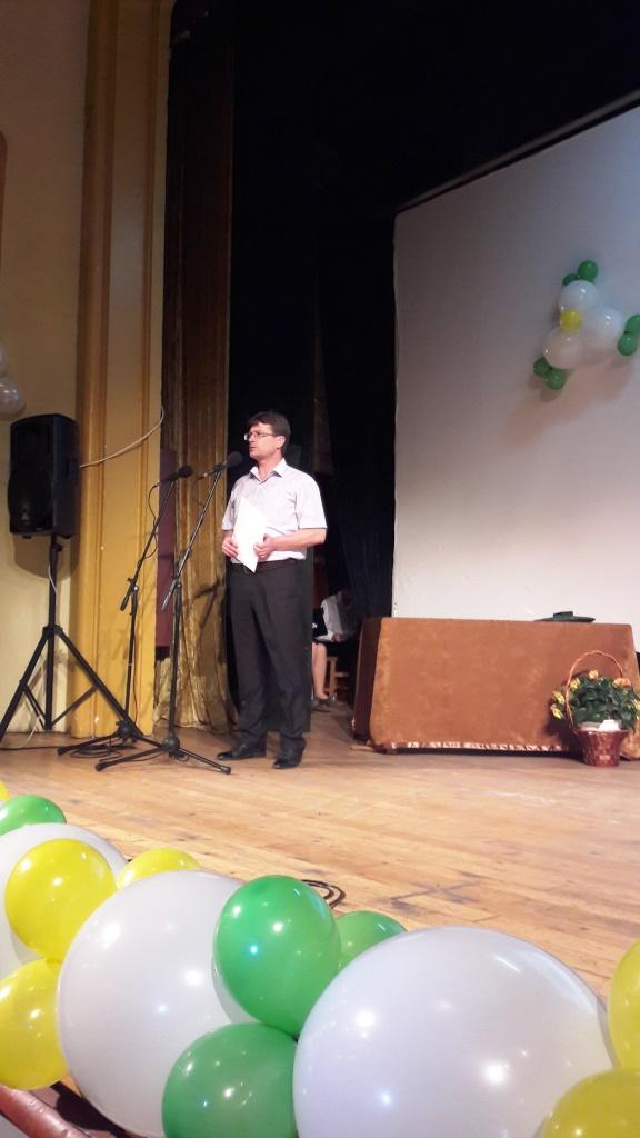 """Заместник- кметът Сергей Кичиков поздрави зрелостниците на ПГГС """"Христо Ботев"""""""