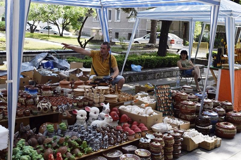 Временните търговски обекти ще бъдат преместени от центъра на Велинград