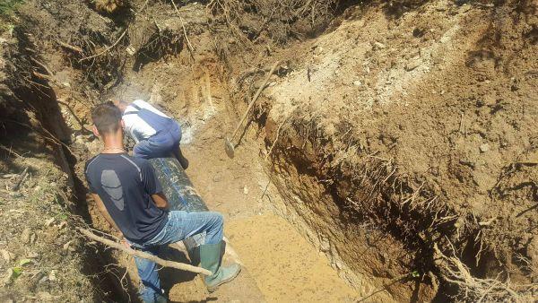 Авария от дефектирал водопровод спря водата на Каменица