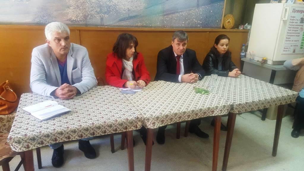 Кметът д-р Костадин Коев с поредния изнесен приемен ден в кв. Чепино, следващата среща ще е на 25 октомври от 15:00ч. в Клуба на пенсионера кв. Каменица.