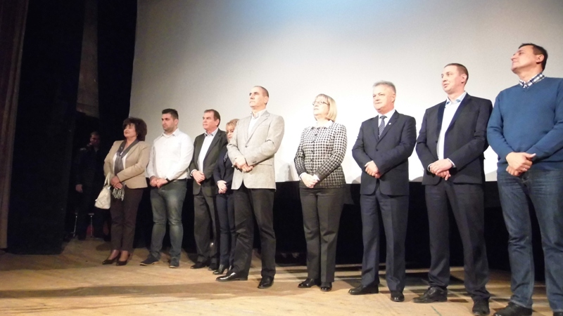 Цецка Цачева във Велинград: Ще работя за просперираща България, в която жизненият стандарт се повишава