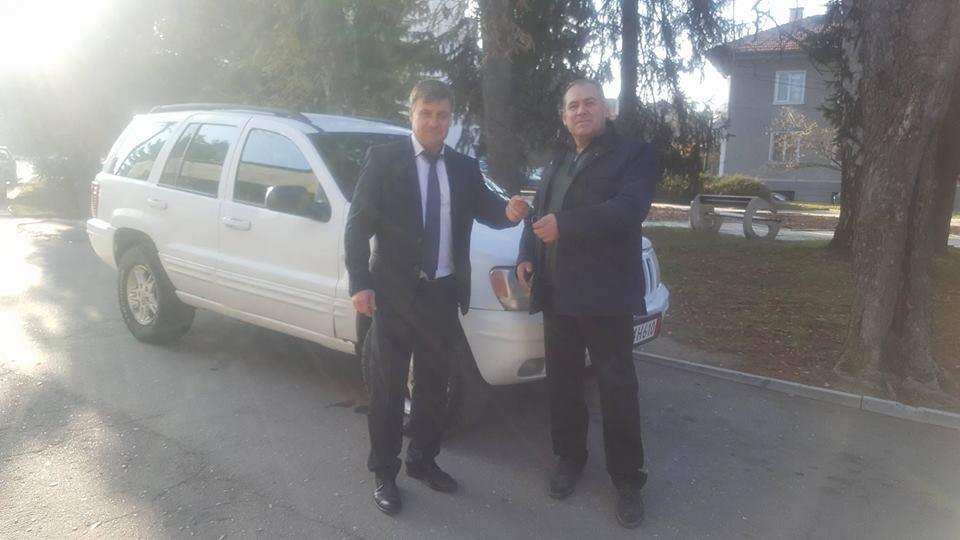 Община Велинград получи като дарение високопроходим автомобил