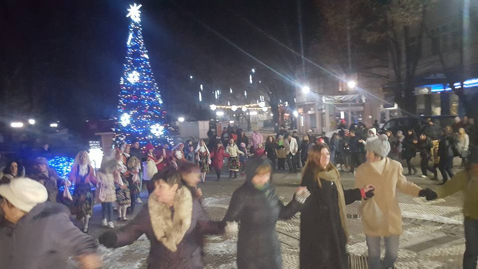 """Конкурс """"Кмет на месеца"""" за декември на тема """"Коледна украса"""""""