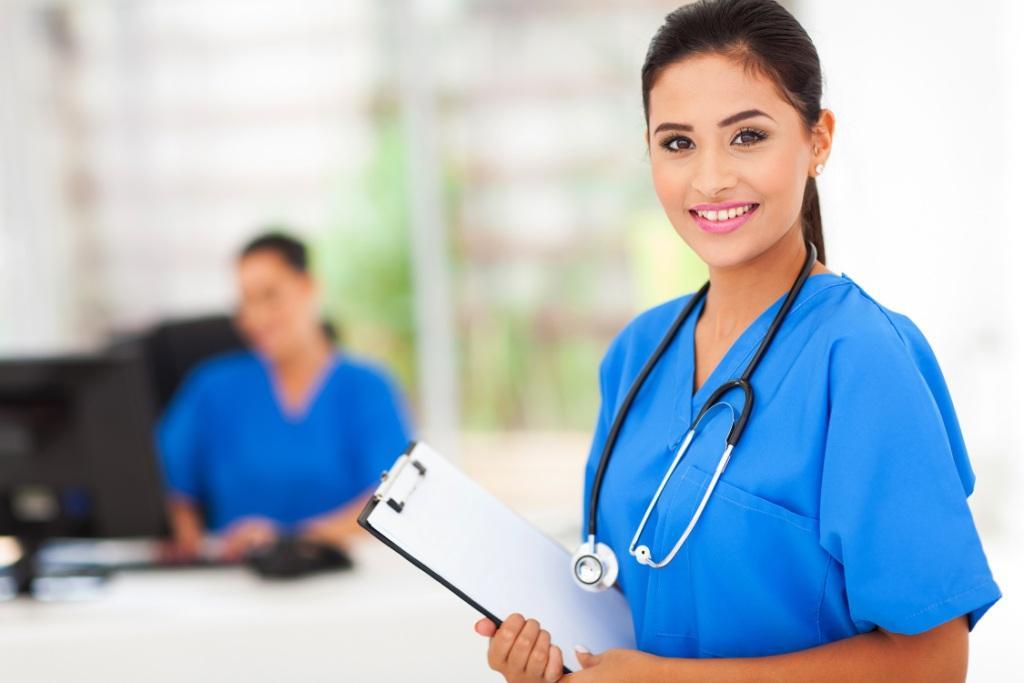 Филиалът за медицински сестри и акушерки в Пазарджик отваря врати през 2017г.