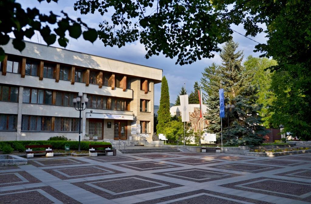 С мнозинство приеха бюджета на община Велинград