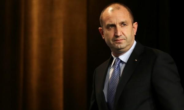 Президентът Румен Радев назначава служебно правителство от 27 януари