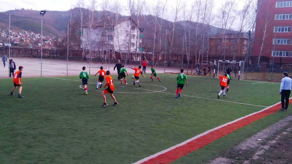 Стартираха футболните срещи от Ученическите спортни игри във Велинград