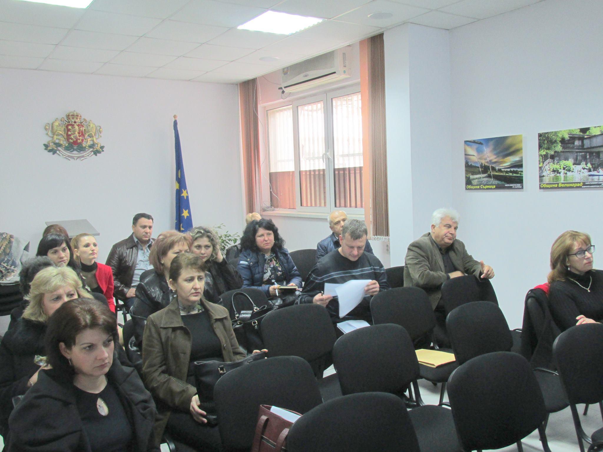 Нови работни места ще бъдат разкрити по Регионална програма за заетост и обучение в област Пазарджик