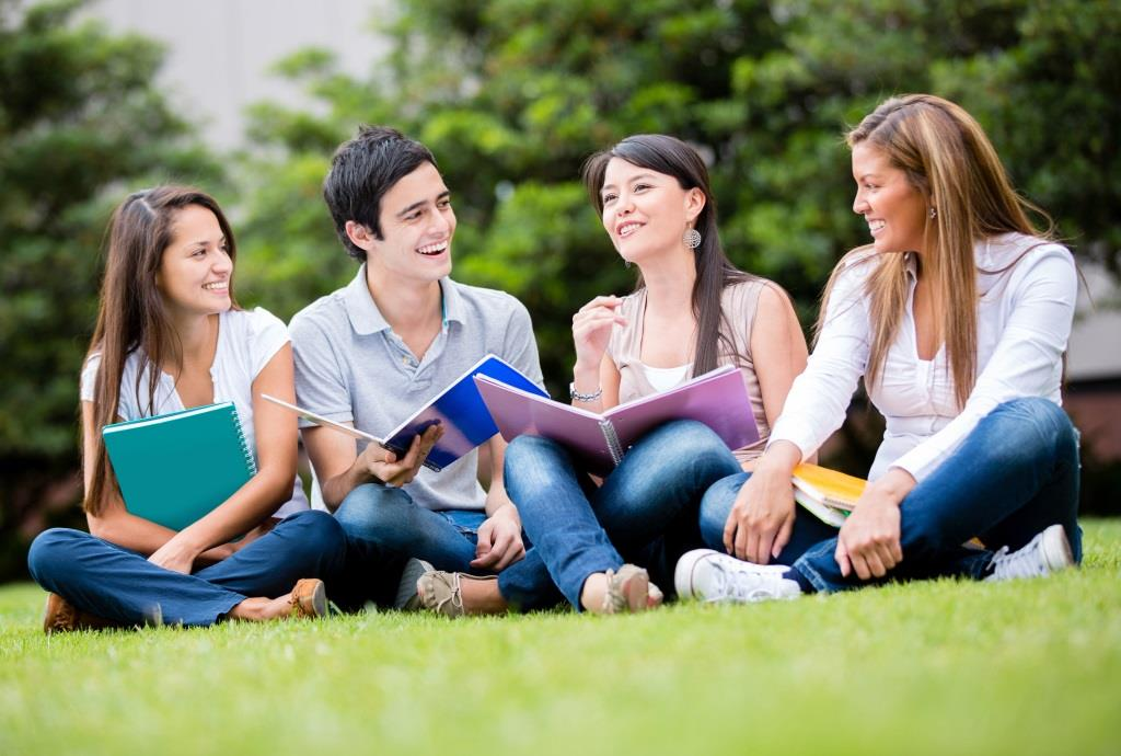 Нови учебни планове в професионалните гимназии от 15 септември