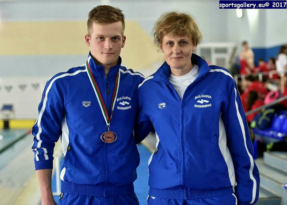 Ангел Йовчев с медал от Балканиадата