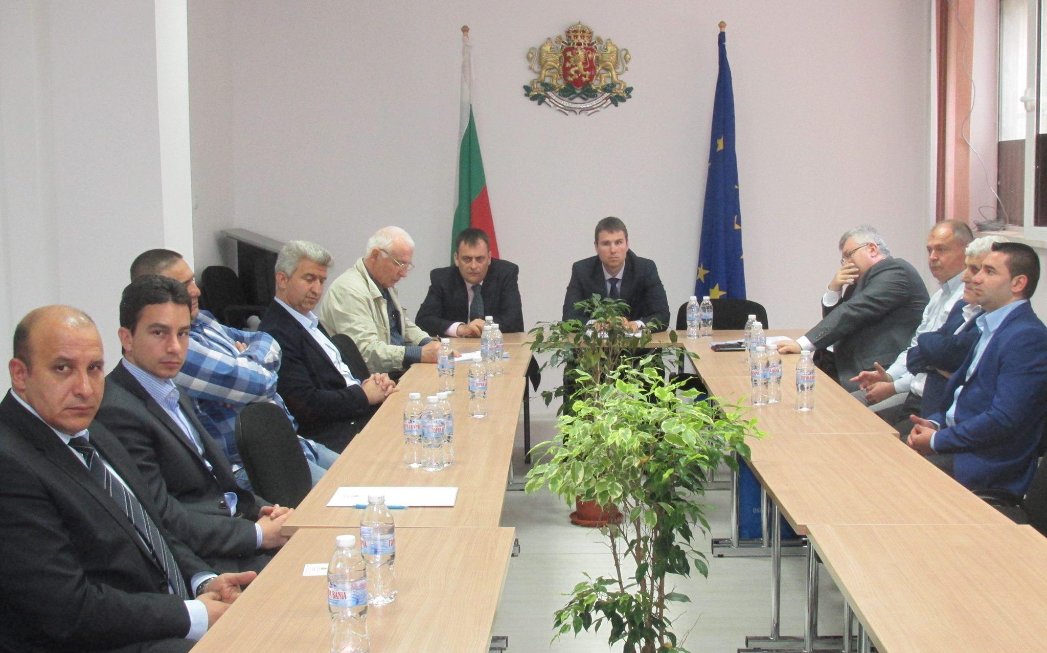 Областният управител Стефан Мирев към кметовете на общини: Очаквам вашите въпроси и искания към министерствата и Правителството