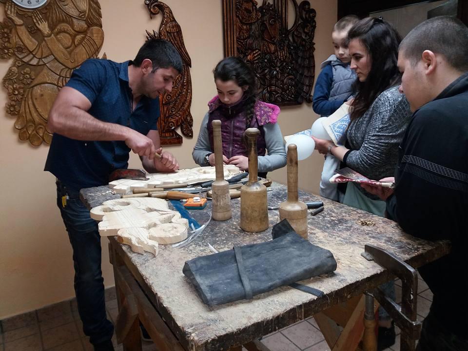 В деня на музеите бяха открити ателиета по тъкане, грънчарство и дърворезба в къщата на дарителката Цвета Шуманова