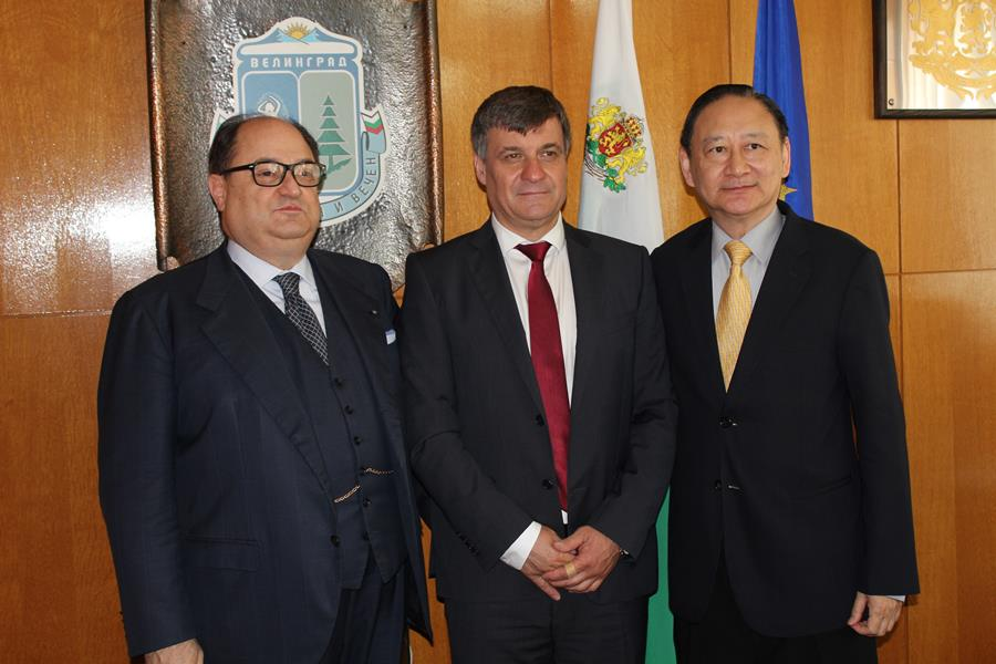 Кметът Костадин Коев посрещна  на посланици от Тайван и Малта