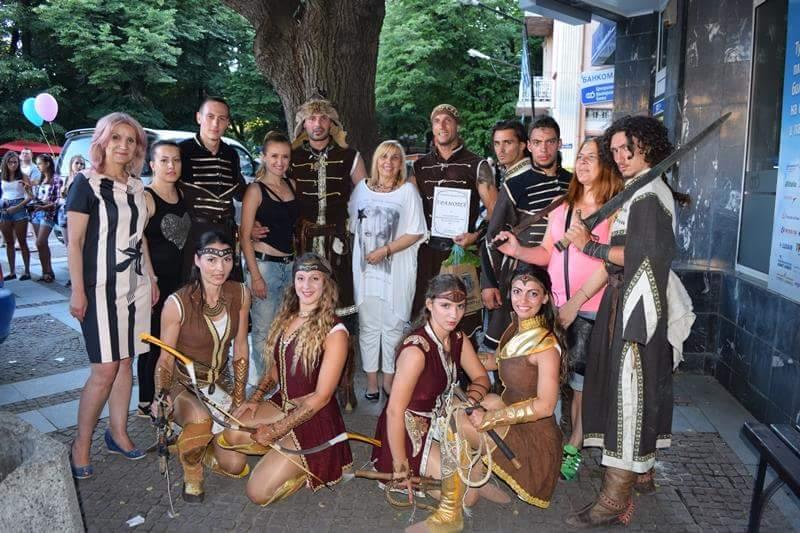Внушително представление на Бага-Тур в центъра на Велинград