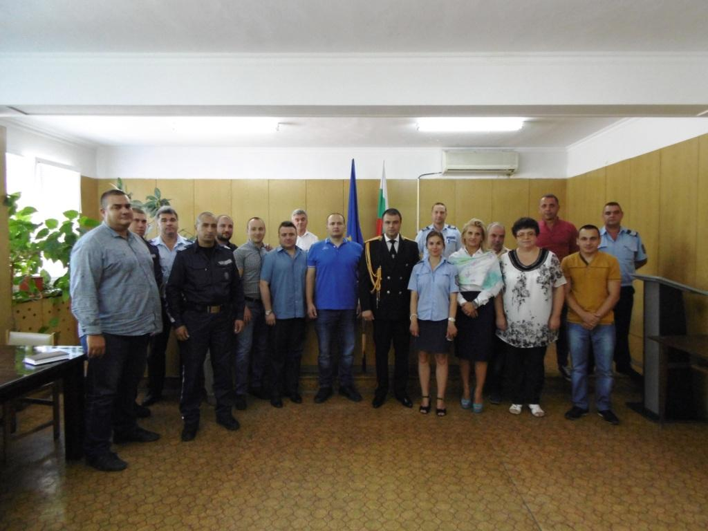 114 служители на ОДМВР-Пазарджик и още 27 техни колеги от РДПБЗН-Пазарджик са наградени за постигнатите от тях резултати по случай Празника на МВР  5-ти юли