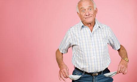 Пенсионери недоумяват, уж 2.4% увеличение, пък то- по-малко