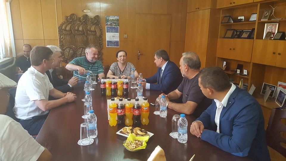 Велинград е сред първите Общини официално посетени от Посланика на Република Македония, след подписването на Договора за приятелство, добросъседство и сътрудничество
