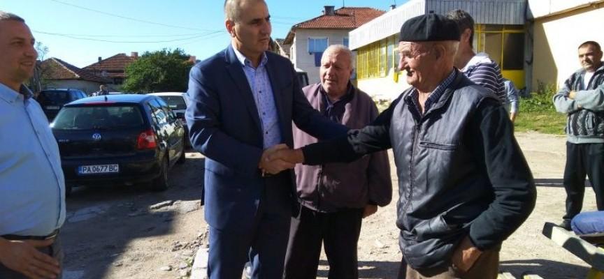 Цветан Цветанов в Кръстава: Най-важното е стабилно управление