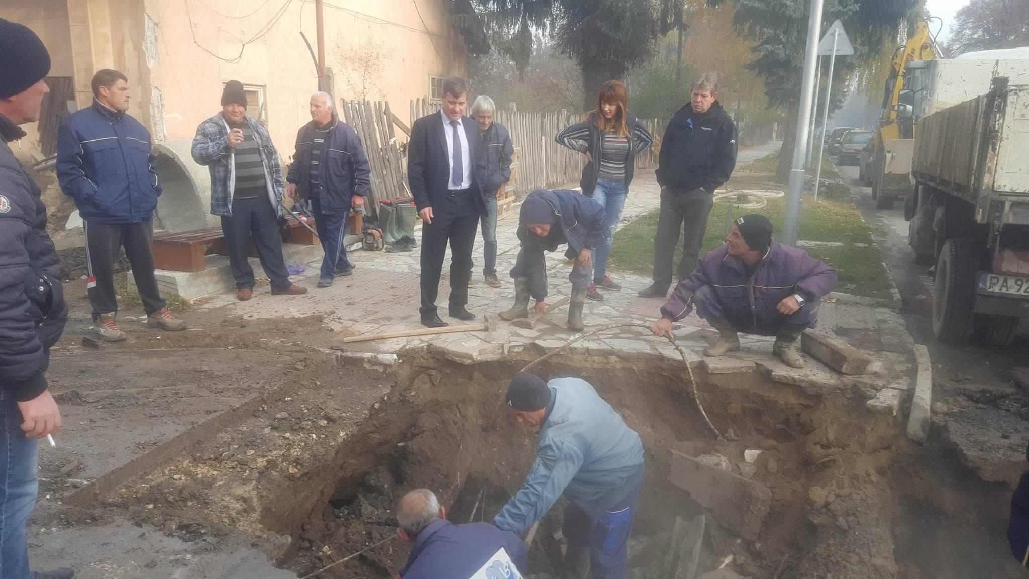 """Аварията на главни водопроводи """"Клептуза"""" и """"Суха лъка"""" бе отстранена"""
