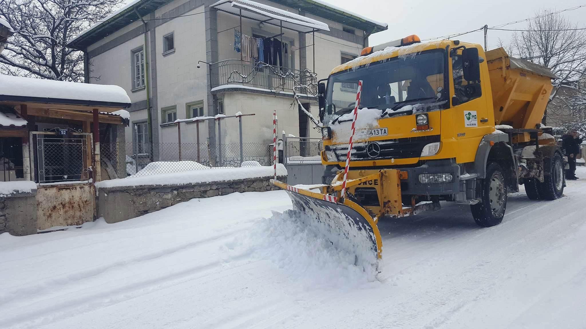 Уличната мрежа във Велинград е проходима при зимни условия