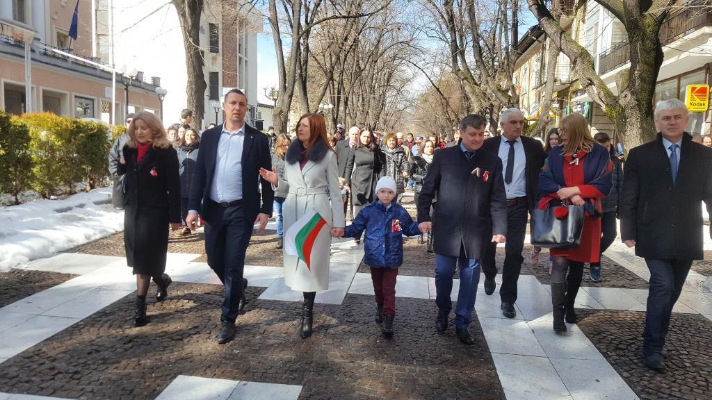 Велинград отбеляза тържествено 3-ти март и 140-тата година от Освобождението на България