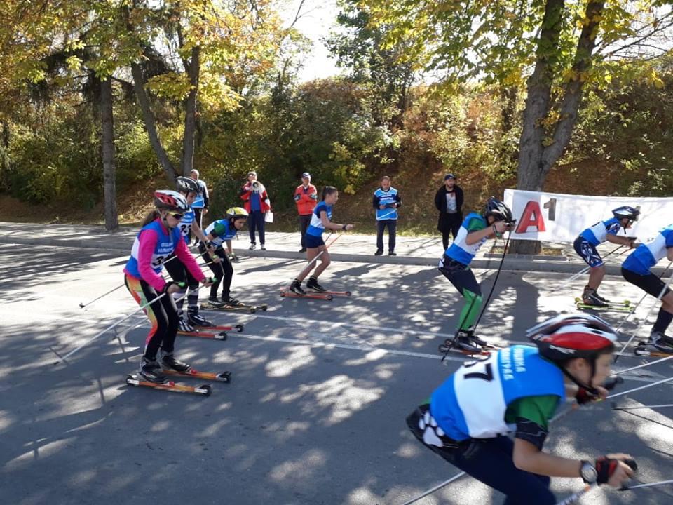 """Четири медала за велинградчани от Второто Държавно първенство по ролкови ски за купа """"Велинград"""""""