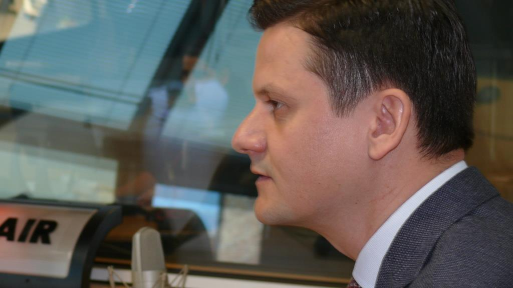 """Димитър Маргаритов, председател на КЗП: """"Уязвимите групи потребители са изложени на повече опасности при по-рисковите способи за продажба"""""""