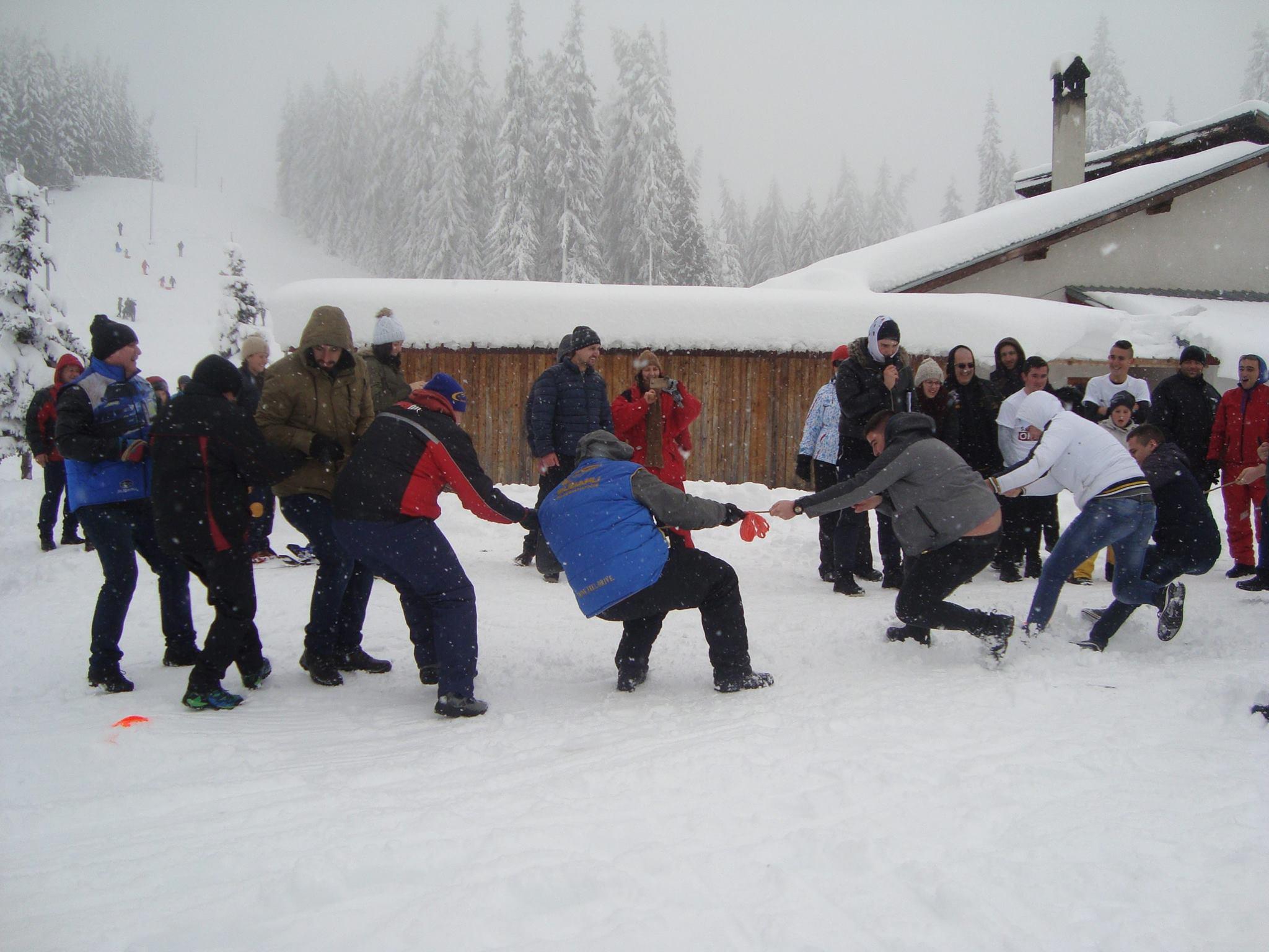 Много снежни емоции, игри и награди на Втория празник на снега