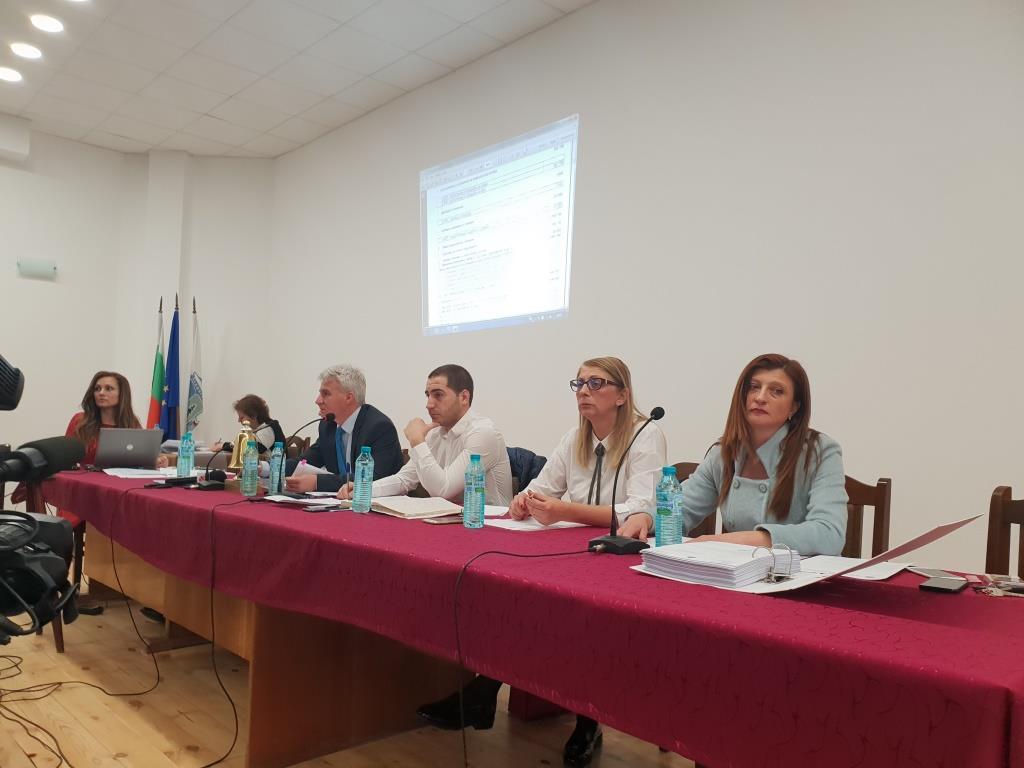 Местният парламент гласува бюджета на община Велинград за 2019 г., както и изменения и допълнения в Наредбата по чл. 1, ал. 2 от ЗМДТ